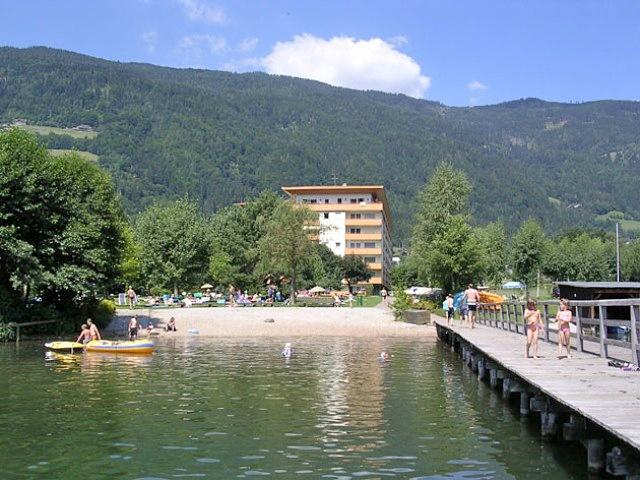 Urlaub mit kindern ferienwohnung mit pool ossiachersee österreich