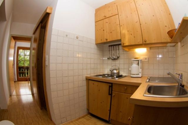 ferienwohnung am weissensee 2 personen sauna internet. Black Bedroom Furniture Sets. Home Design Ideas